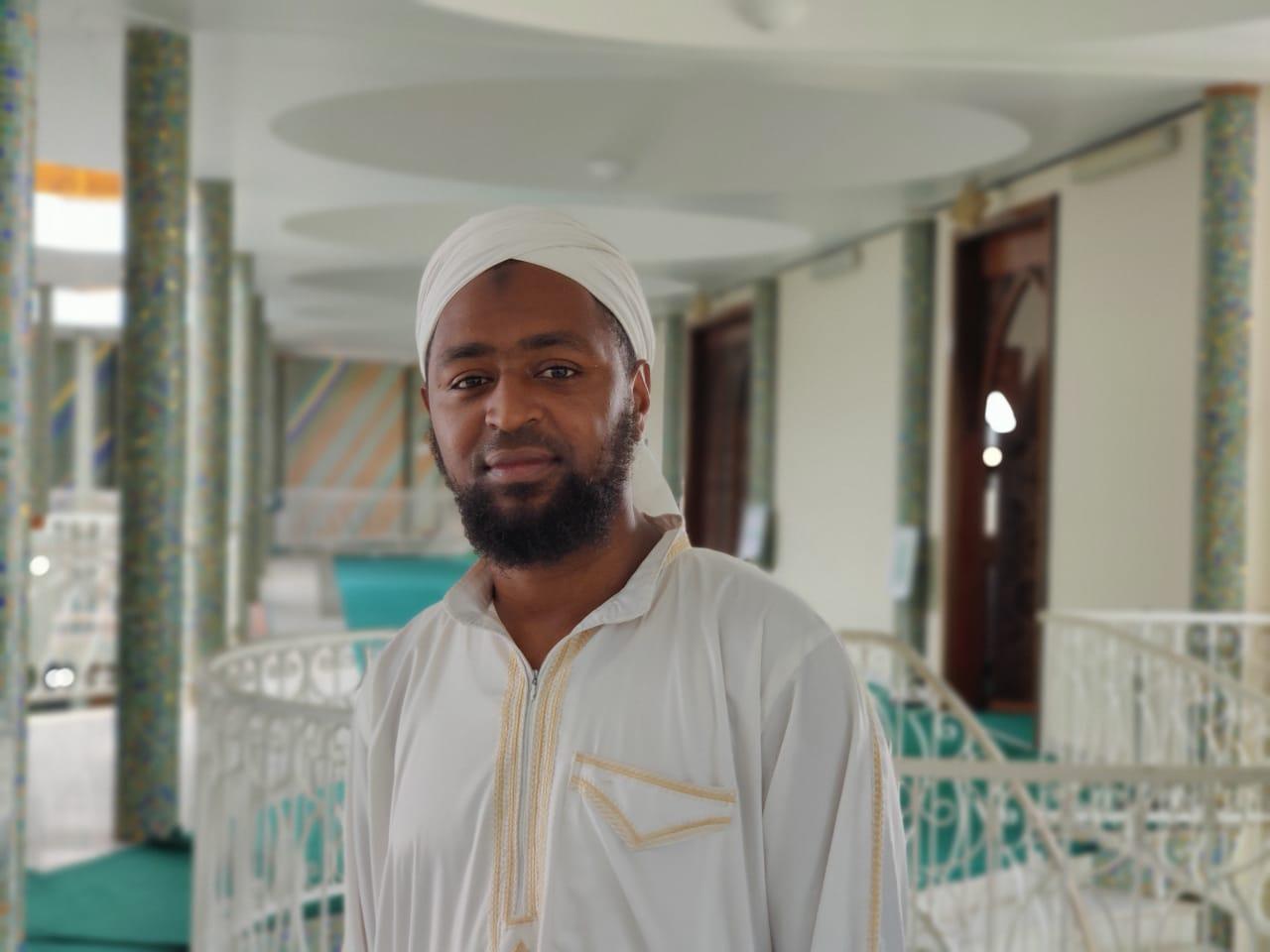 Une visite guidée de la Mosquée avec Hassan